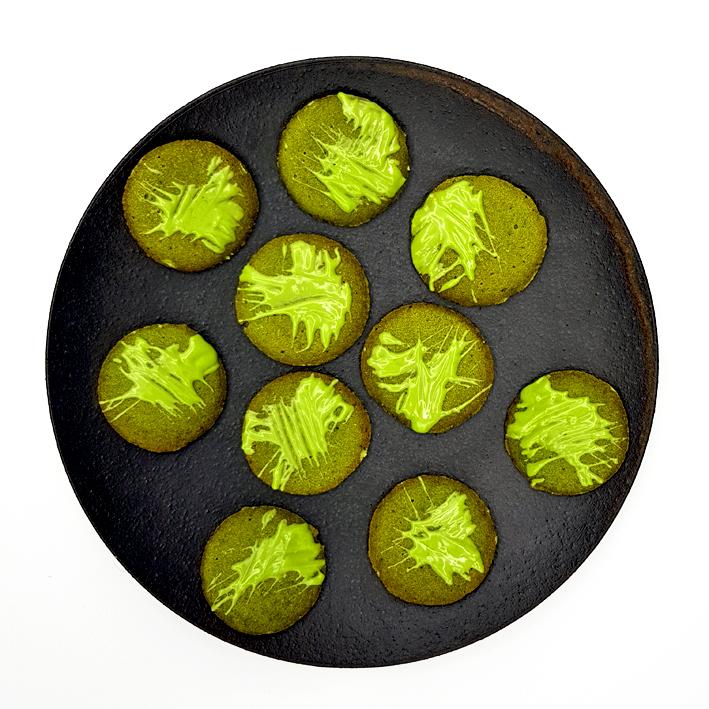 Matcha-Weihnachtsplätzchen im Zen-Stil
