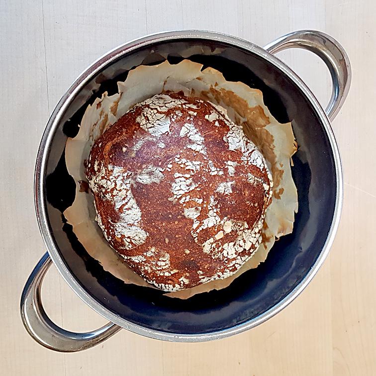 Brot ohne Kneten mit Lievito Madre: Ohne Einschneiden