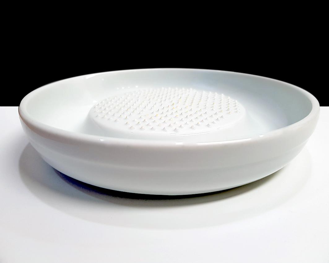 Nicht nur Ingwer: Mit der Keramikreibe von Kyocera reibe ich (fast) alles