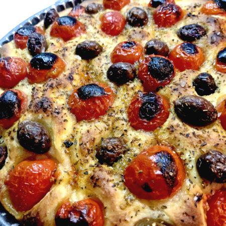 Focaccia Barese: Die Tomaten dürfen anbrennen