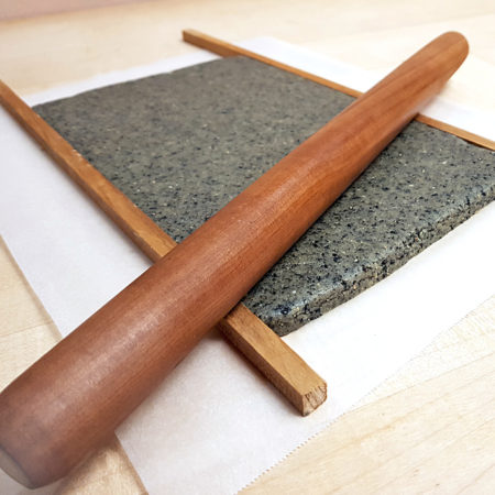 Roll out (black sesame) dough with guide strips