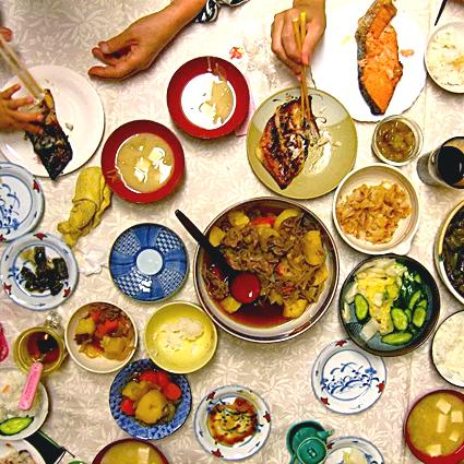 Japanisches Abendessen im Familienkreis