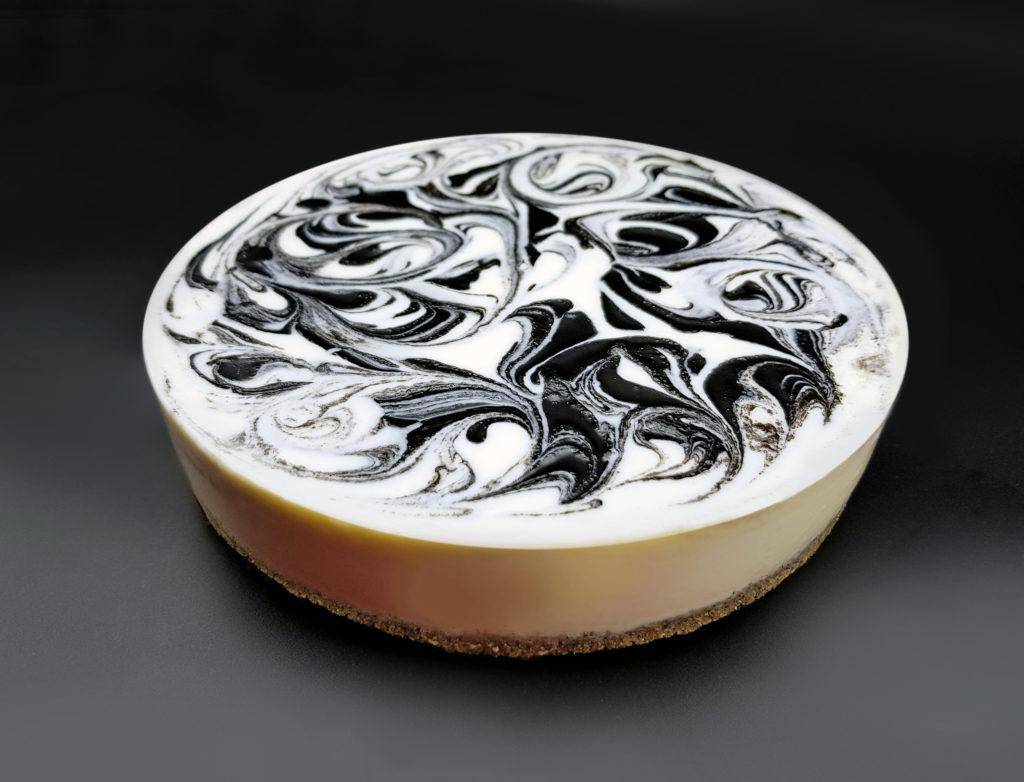 Kurogoma (schwarzer Sesam)-Käsekuchen