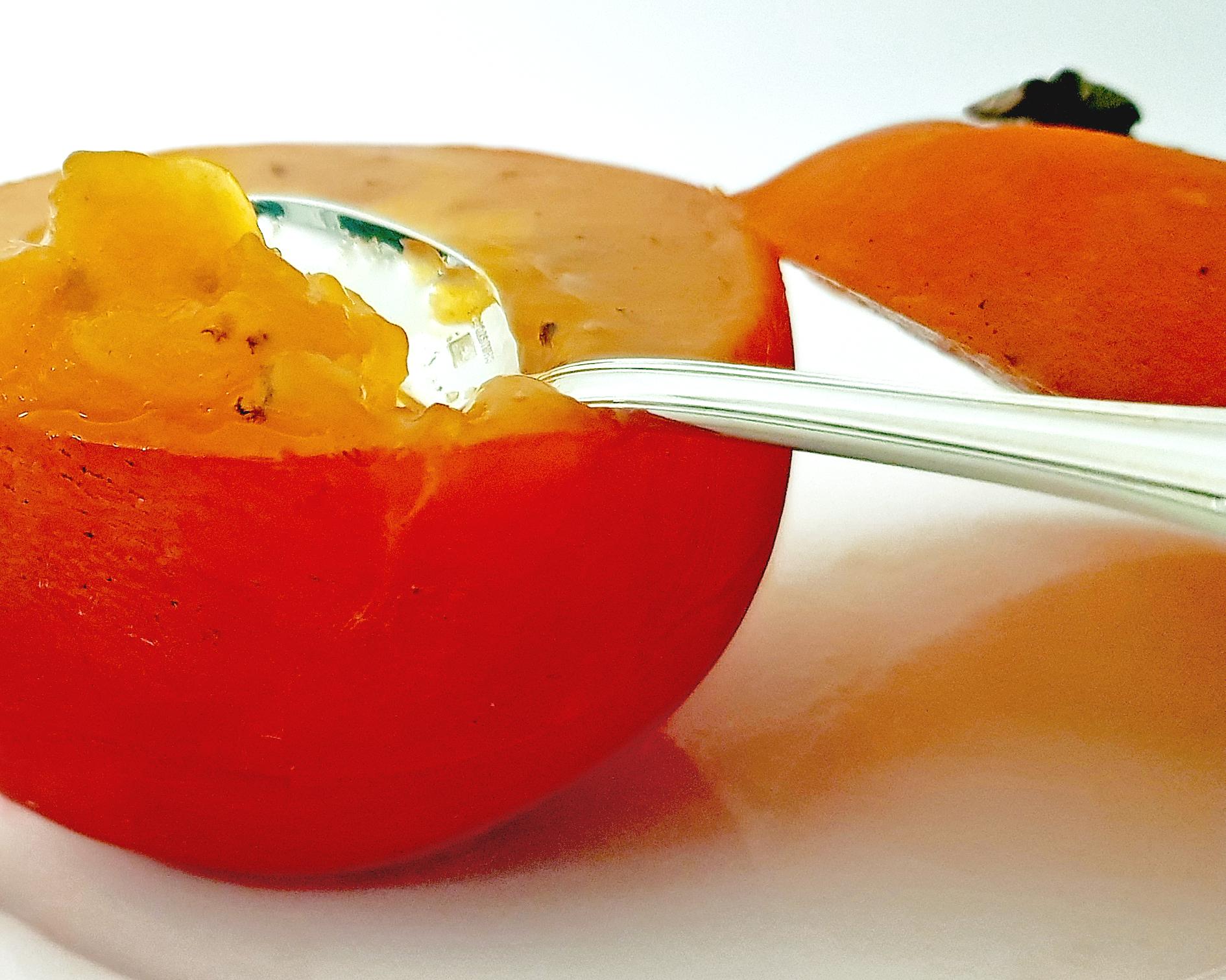 Ein super-simples Kaki-Sorbet aus überreifen Früchten